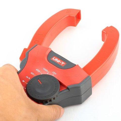 Digital Clamp Meter UNI-T UT207 Preview 1